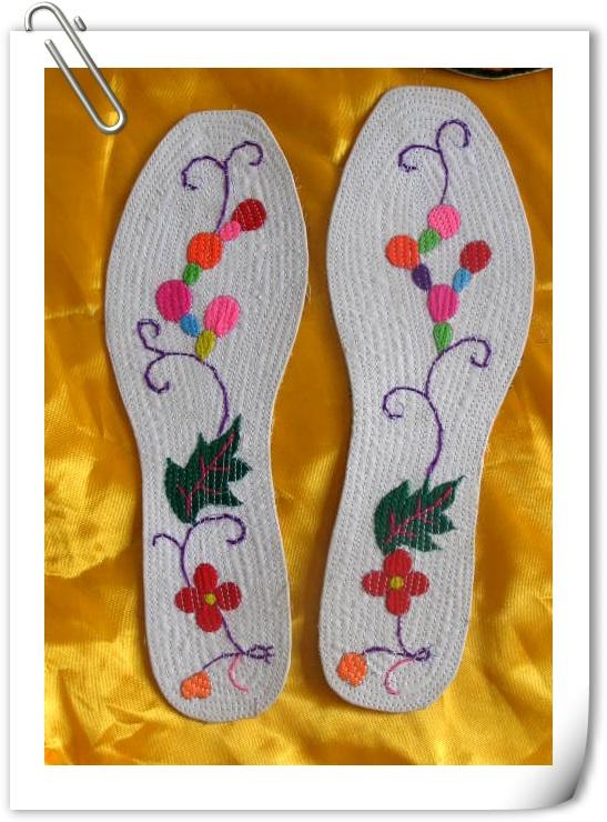 > 古老的收工时尚展示----手工鞋垫秀