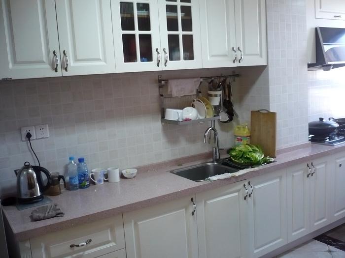 """终于把厨房台面换成""""石英石""""了"""