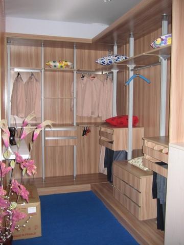 双扇推拉衣柜内部结构