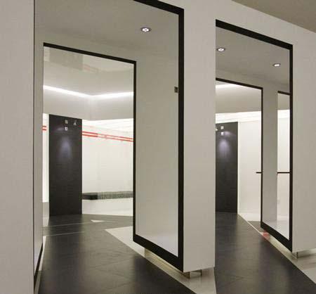 极具空间感服装店面设计
