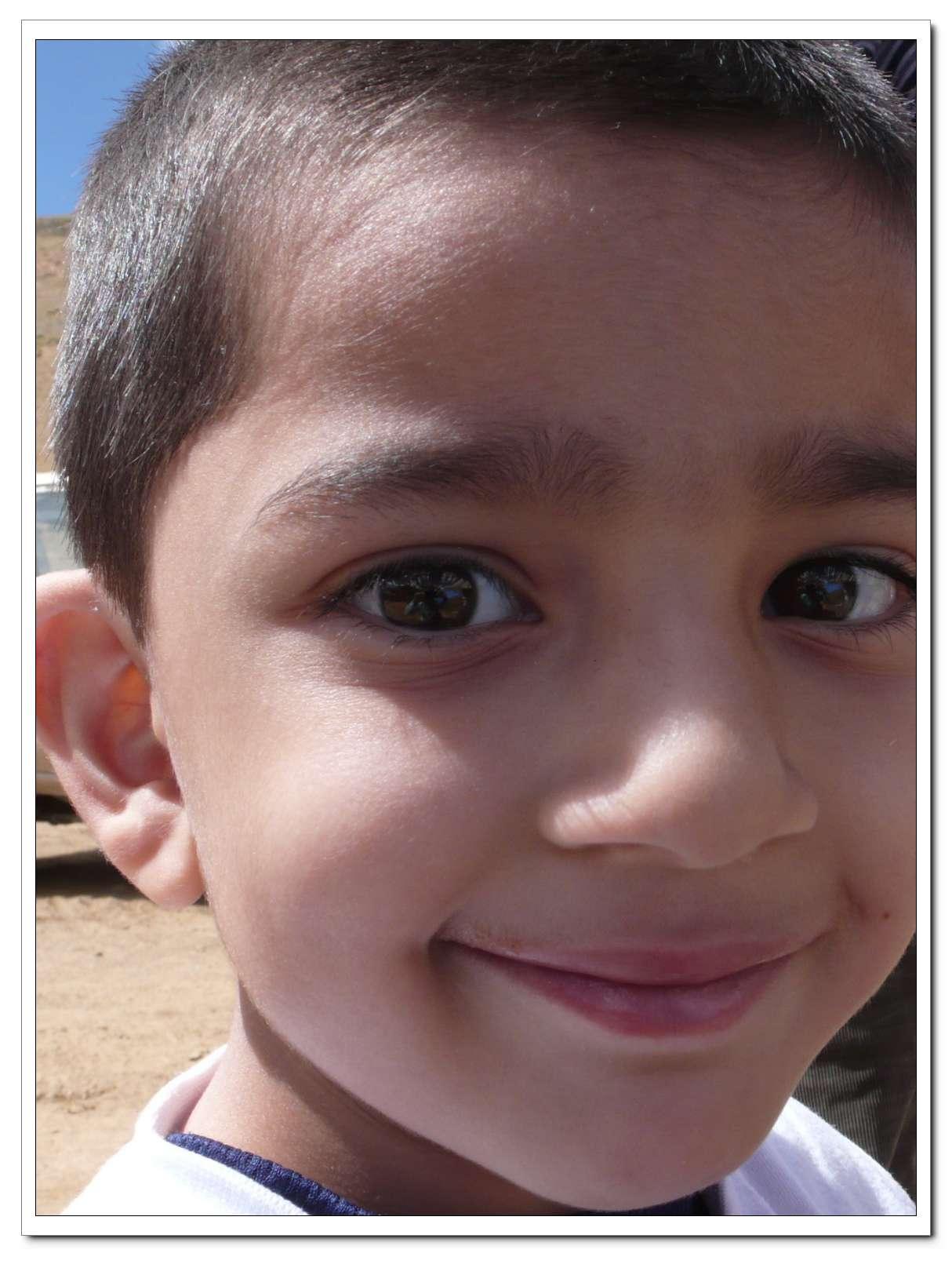 很可爱的印度小孩