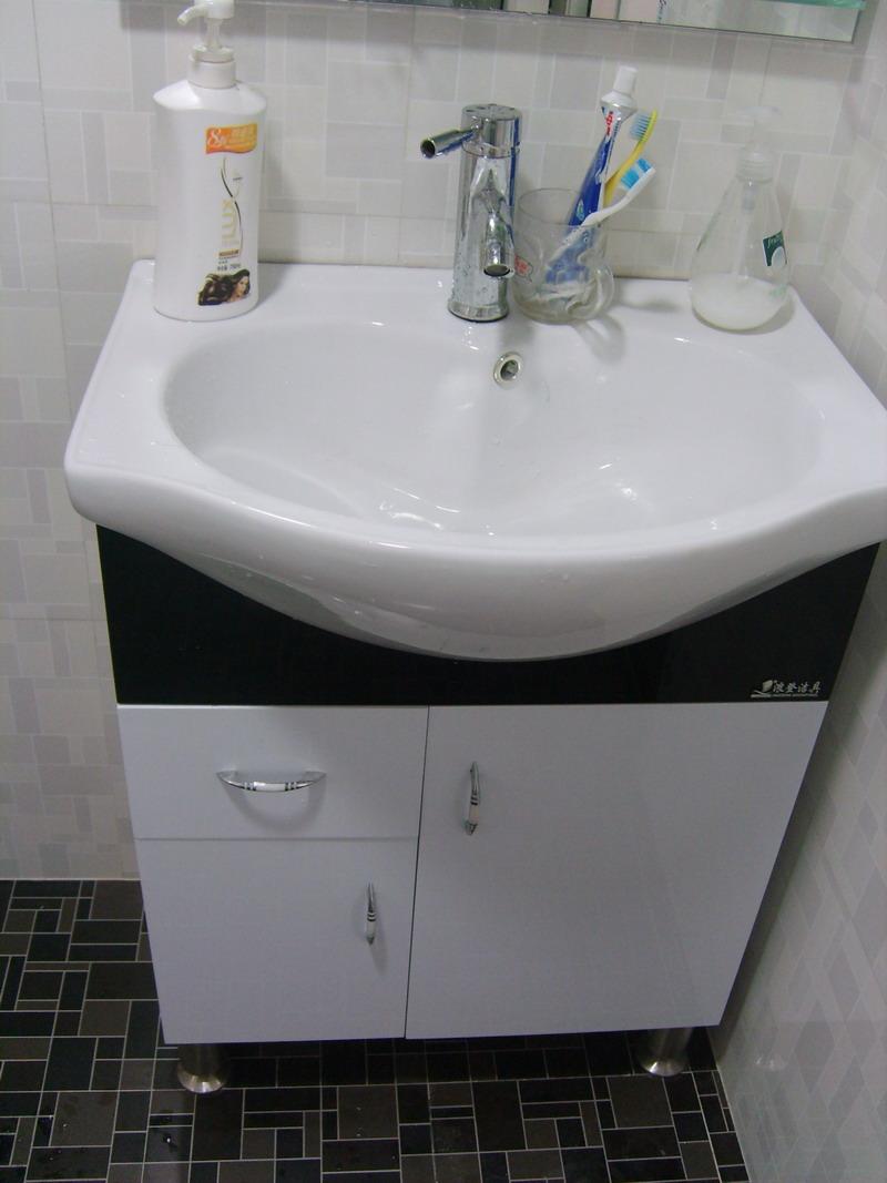 卫生间的洗脸盆