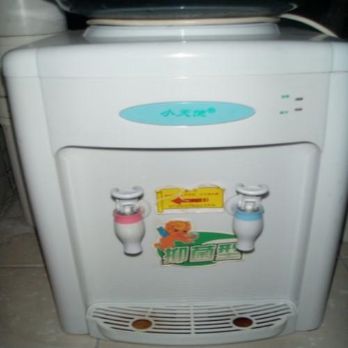 出售二手小天使冷热饮水机+怡宝桶2个+philips电脑头