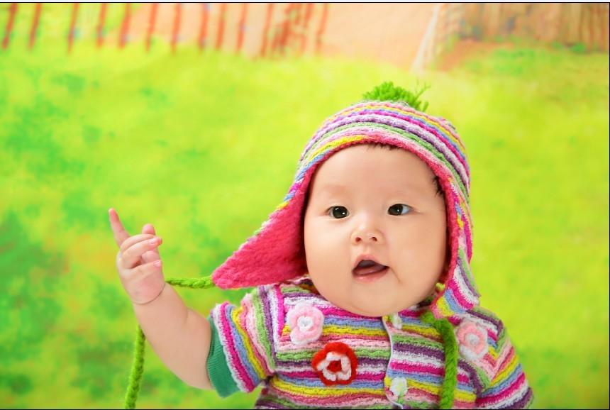 (看到众多妈咪晒宝宝的相片,我也心动啦!看到可爱的亲拍哈)