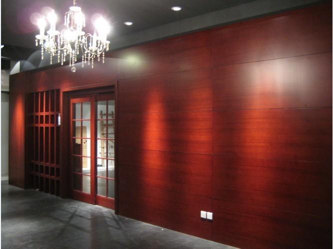 花梨木质挂板隔断可做背景墙