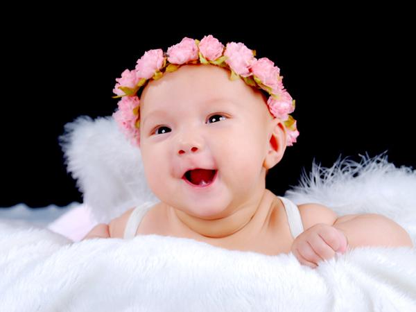 一闪一闪亮晶晶,原来是我宝宝的大眼睛,超级电眼小天使闪亮登场,期待