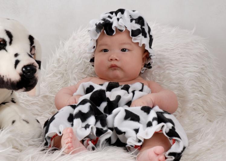 > 小邓卡芮娜儿童摄影征集0-1岁可爱宝贝做胎教美图.报酬200元每张!