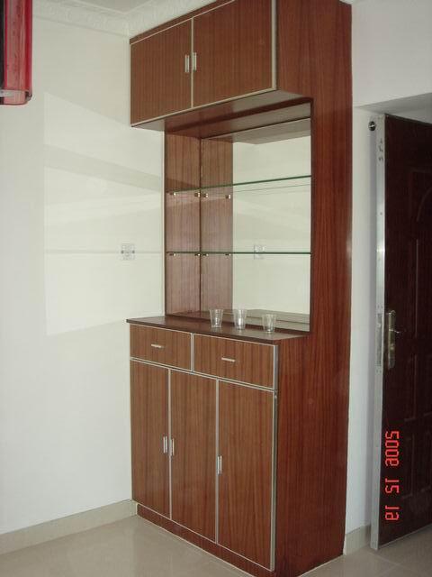 想做一个百叶门的鞋柜,到顶的,能做的请报个价 高清图片