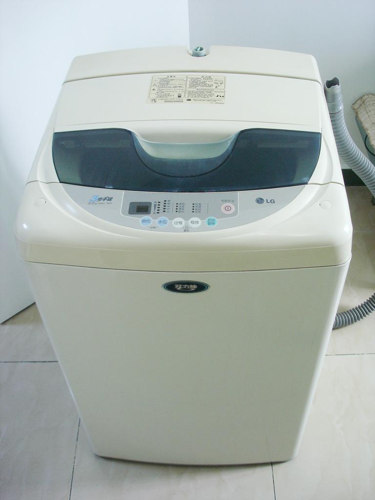 卖9成新lg双力神电脑数控洗衣机(内空)