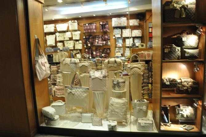 泰国曼谷包价格_泰国曼谷包专卖店曼谷包多少钱