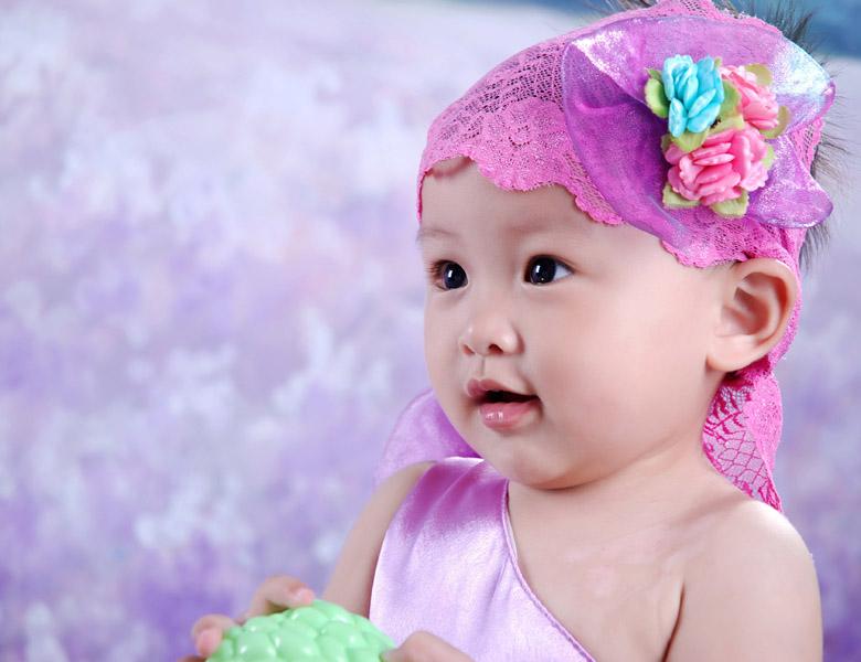 亲子教育  漂亮宝贝  > 百天到一岁的艺术照也来给大家晒晒吧!