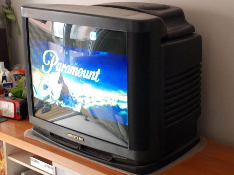 出29寸创维电视一台
