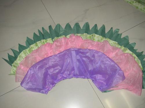 给女儿幼儿园表演的环保亲子衣服