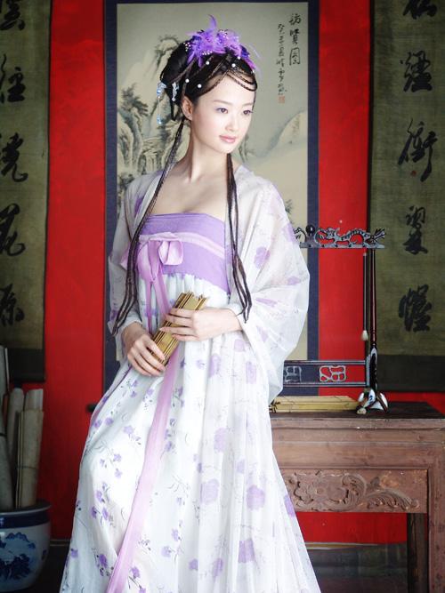 美吗 体验一下江南小女人的风情 拍了一套古装