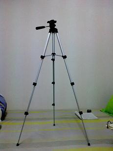 转个全新的相机用三脚架