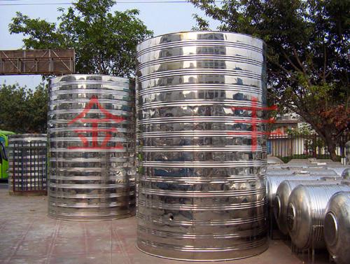厂家直销卧式不锈钢水箱,立式不锈钢水箱,圆柱形不锈钢水箱