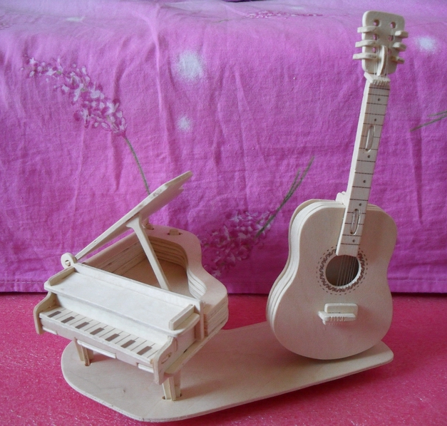 木制仿真模型拼装之钢琴与吉他