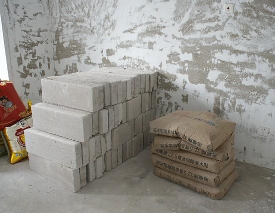 砌墙方法图解砖放平