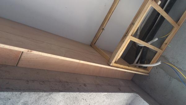客厅的窗帘盒与吊顶