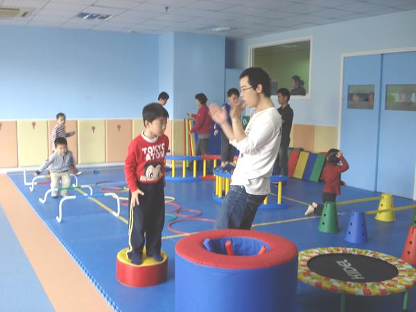 改善儿童感觉统合失调症状的小游戏