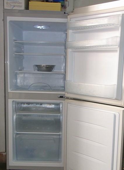 电冰箱.电视机. 洗衣机.