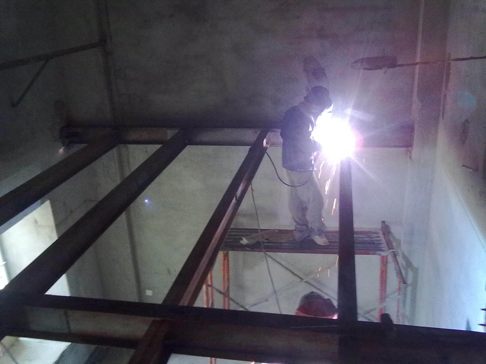 110平方斜顶钢结构混凝土楼板阁楼