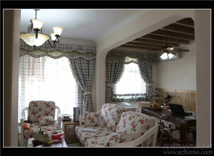 客厅餐厅改造成横厅,玄关看主空间
