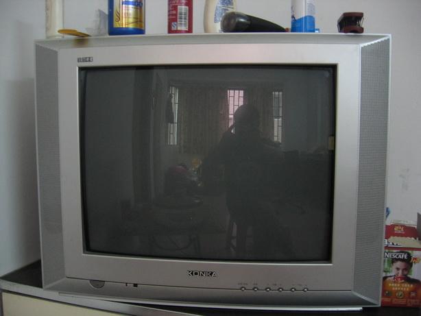 > 康佳电视机 21寸数码彩霸 250元(宝安31区自提).