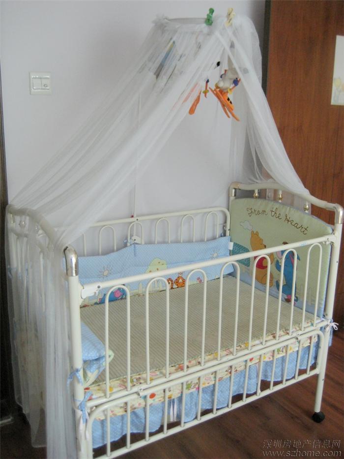 转好孩子婴儿床,玩具,宜家床垫