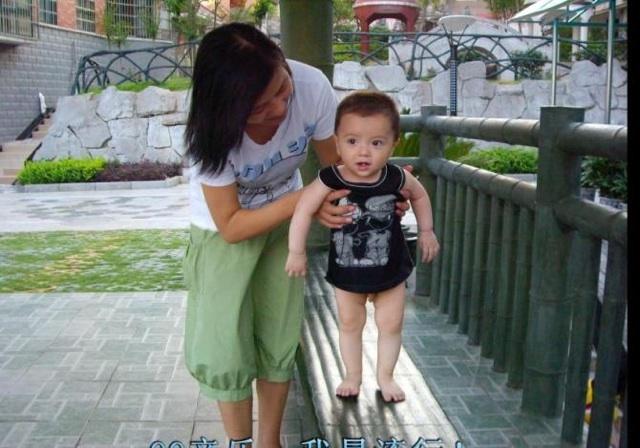 可爱小男孩混血儿头像帅气